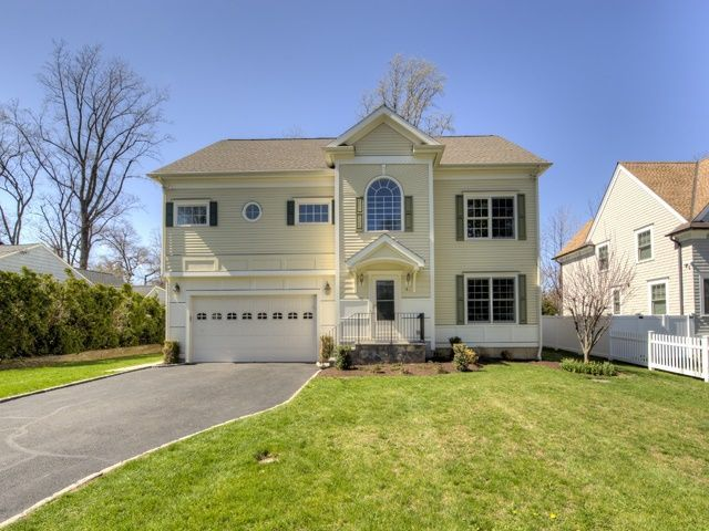 41 westfair dr westport ct 06880 for Homes for sale westport ct