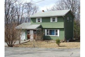 15 Oak St, Vernon Twp., NJ 07422