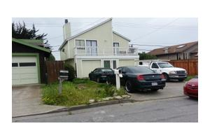 908 Pacific Ave, Half Moon Bay, CA 94019