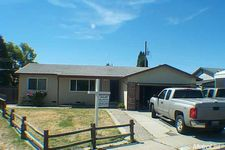 420 Wilma Ct, Manteca, CA 95336