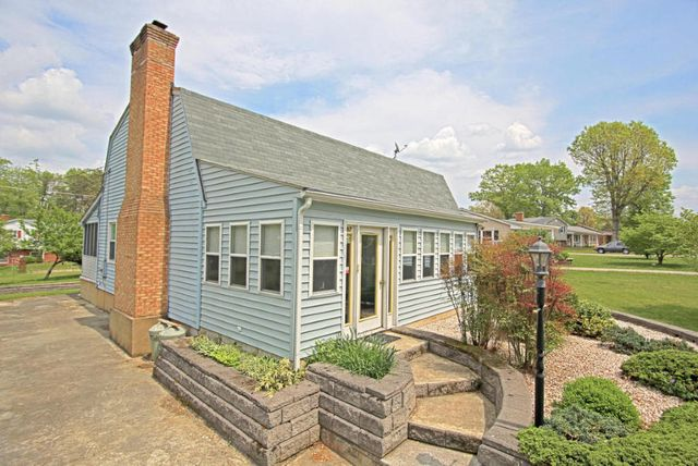clifton forge buddhist singles Rentalsource has 3 rentals in clifton forge, va find the perfect rental and get in touch with the property manager.