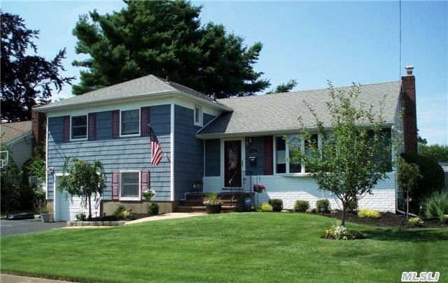 Homes For Sale In Massapequa On The Water