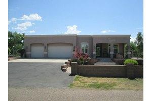 2240 Bruno Ln, Bosque Farms, NM 87068