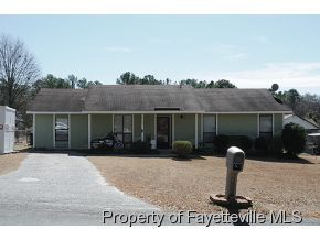1929 Wordsworth Dr, Fayetteville, NC 28304 Main Gallery Photo#1