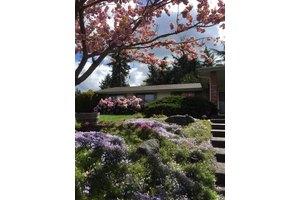912 Tomahawk Pl, Mount Vernon, WA 98273