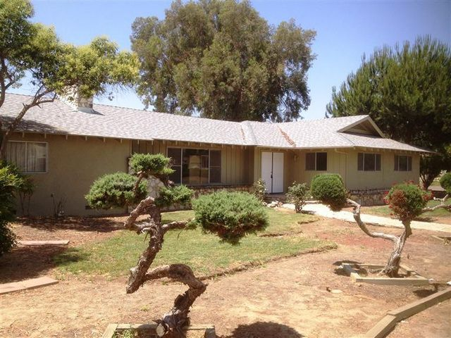 289 N Beverly St, Porterville, CA 93257
