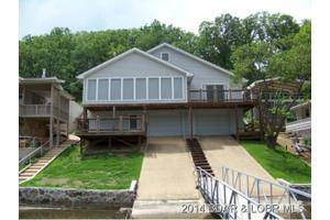 304 Pearson Cove Dr, Climax Springs, MO 65324