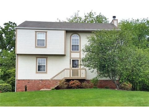 3032 N Trillium Dr, Hopewell Township Bea, PA 15001