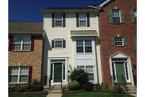 423 Abbey St, South Bend, IN 46637