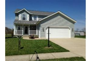 654 Timber Wolf Ln, Lagrange, OH 44050