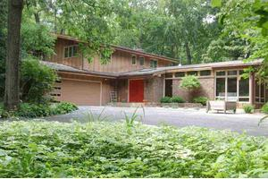 4606 Deerpath Rd, Middleton, WI 53562