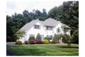 167 Millbrook Dr, East Longmeadow, MA 01028