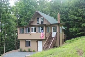 108 Station Hill Rd, Prompton, PA 18456