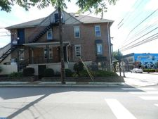 32 E King St Unit 2, Malvern, PA 19355