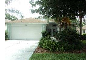 3820 Eversholt St, Clermont, FL 34711