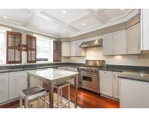 12 Cumston St, Boston, MA 02118