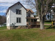 300 Clay St, La Valle, WI 53941