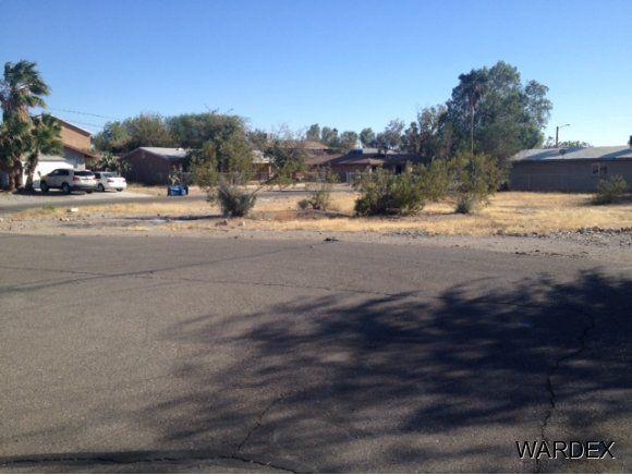 2031 Buccaneer Dr Bullhead City, AZ 86442