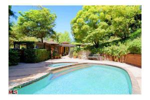 2024 Benedict Canyon Dr, Beverly Hills, CA 90210