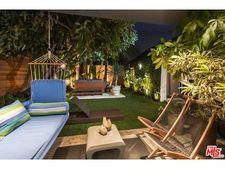 427 S Almont Dr, Beverly Hills, CA 90211