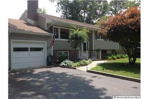 13 Greenhill Dr, Brick, NJ 08724
