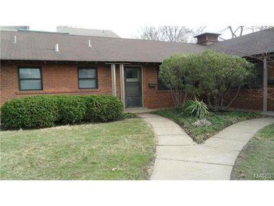 844 N Mcknight Rd, Saint Louis, MO