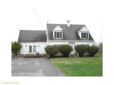 88 W Main St, Searsport, ME