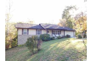 205 Forest Court Ln, Sevierville, TN 37876