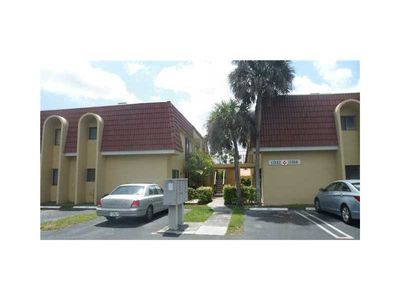11614 Royal Palm Blvd, Coral Springs, FL