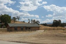 26100 Columbia Way, Tehachapi, CA 93561