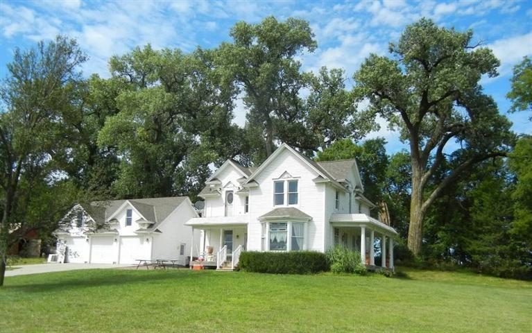 1459 Fletcher Rd, Pleasant Dale, NE 68423