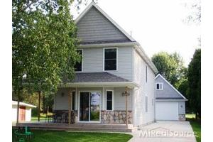 885 N Channel Dr, Harsens Island, MI 48028