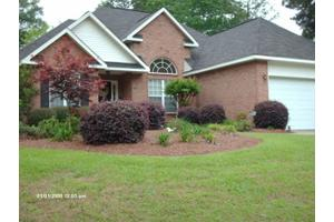 113 Quinelle Dr, Perry, GA 31069
