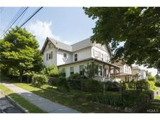 1 Terrace Ave, White Plains, NY 10603