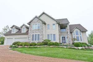 7900 Kingswood Rd, Minnetrista, MN 55364