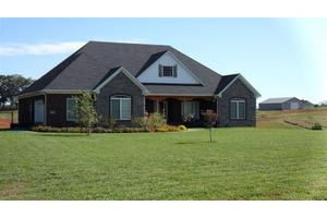 242 Red Pond Rd, Bowling Green, KY 42103