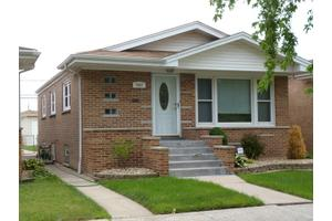 7037 W 64th St, Chicago, IL 60638