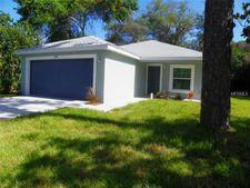 5839 Pine St, New Port Richey, FL 34652