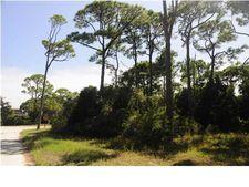 601 W Bayshore Dr, St. George Island, FL 32328
