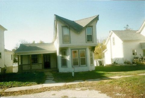 Photo of 410 Antique City Dr, Walnut, IA 51577