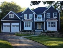 141 Page Rd, Bedford, MA 01730
