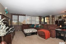 7-15 162nd St, Whitestone, NY 11357