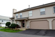 3S082 Timber Dr # 7B, Warrenville, IL 60555