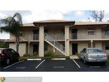 5550 Lakeside Dr Apt 102, Margate, FL 33063