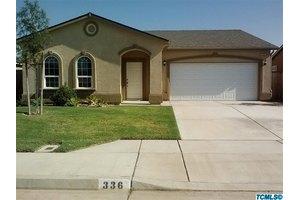 336 Ramona St, Orange Cove, CA 93646
