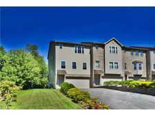 65 Brentwood Dr, Kennedy Twp, PA 15136