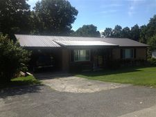 135 Hatfield Subdivision Rd, Whitley City, KY 42653