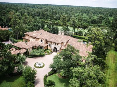 23 Grand Colonial Dr, The Woodlands, TX 77382