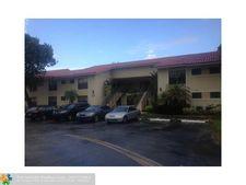 1460 Windorah Way Apt B, West Palm Beach, FL 33411