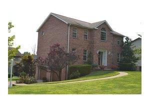 3011 Woodfield Dr, Hopewell Twp - Bea, PA 15001